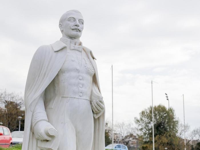 Die Statue von Lysimachos Kaftanzoglou
