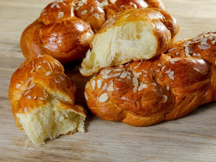 Tsoureki di Salonicco (pan brioche)