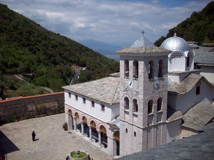 Das Heilige Kloster der Allerheiligsten ...